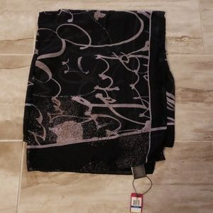 NWT Vince Camuto Scarf